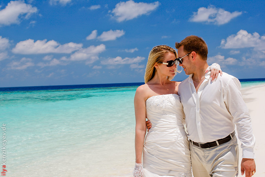 Diamonds Thudufushi Beach & Water Villas. Hochzeit auf den Malediven Video